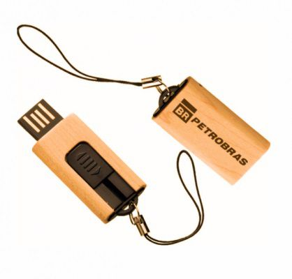 Pen drive retrátil